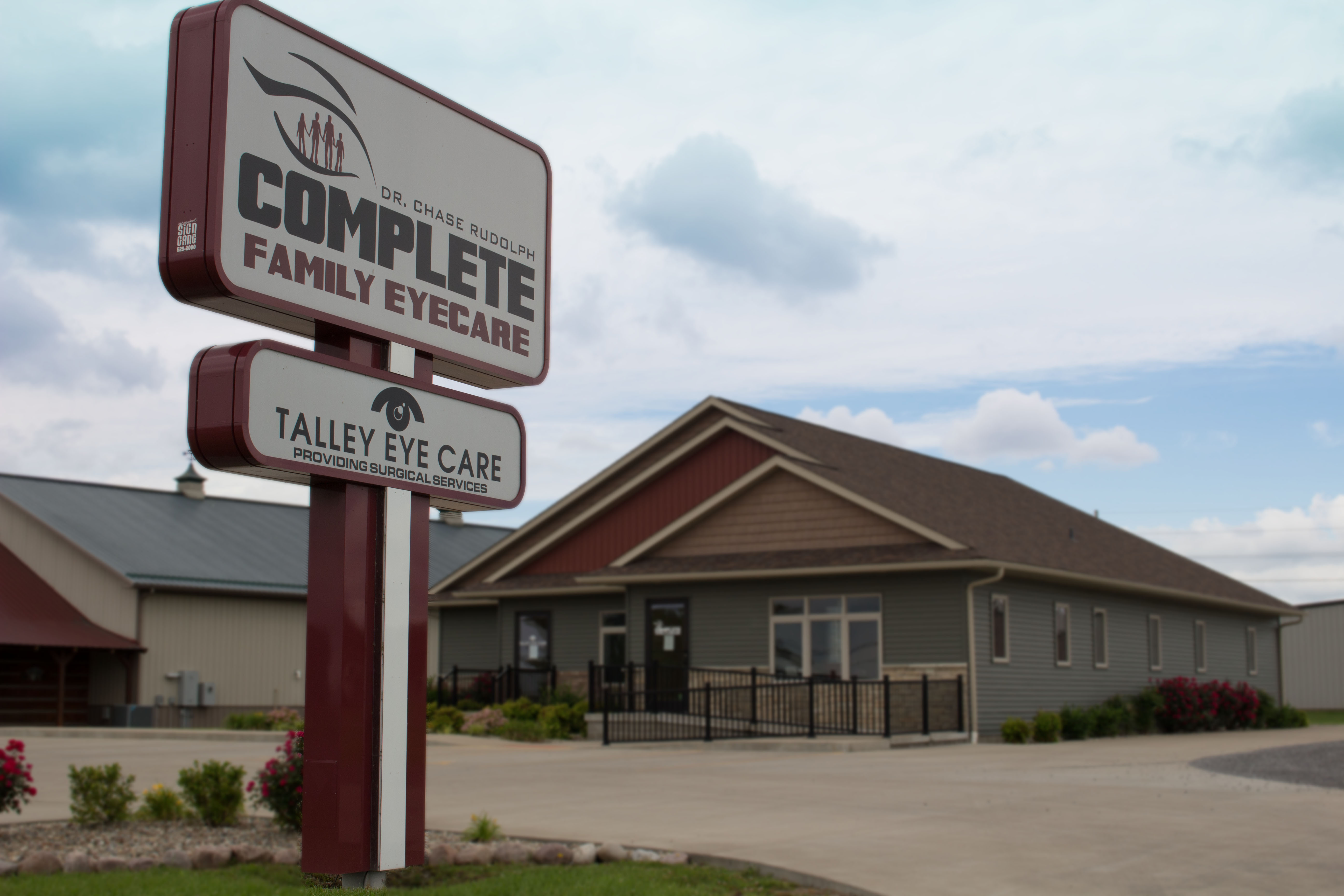 Complete Family Eye Care Facility